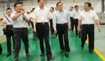 Luo Zhijun, former Secretary of the Jiangsu Provincial Party Committee, inspected the company