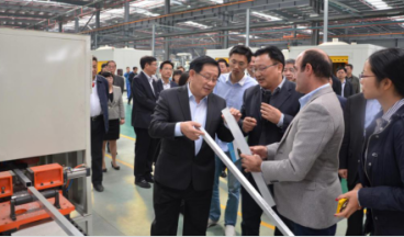 Wan Gang, vice chairman of the CPPCC National Committee and Minister of Science and Technology, inspected the company