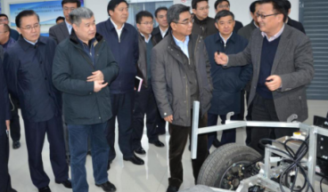 Nian Yong, former director of the Industry Department of the National Development and Reform Commission, inspected the company