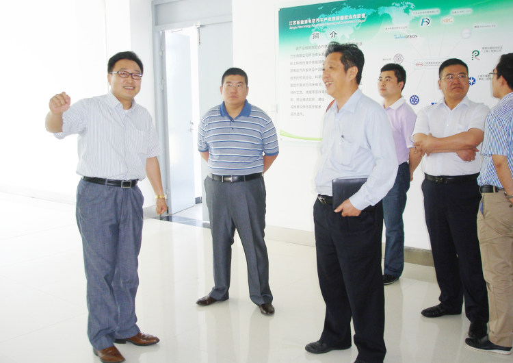Dong Yang, then Secretary-General of China Electric Vehicle Industry Association, visited the company
